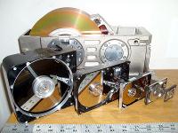 """6 форм-факторов жестких дисков - 8"""", 5.25"""", 3.5"""", 2.5"""", 1.8"""" и 1"""""""